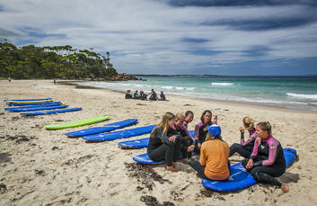 Small groups surf lessons