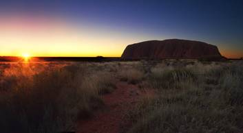 Uluru Morning Guided Base Walk (10.5km)
