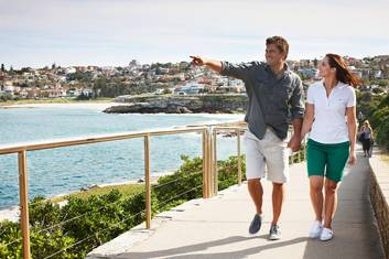 Discover Bondi Guided Beach Walk & Coastal Walking Tour